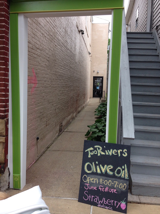 two-rivers-olive-oil-3